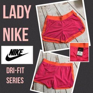 ❤️ NWOT   NIKE Dri-Fit Athletic Running Shorts